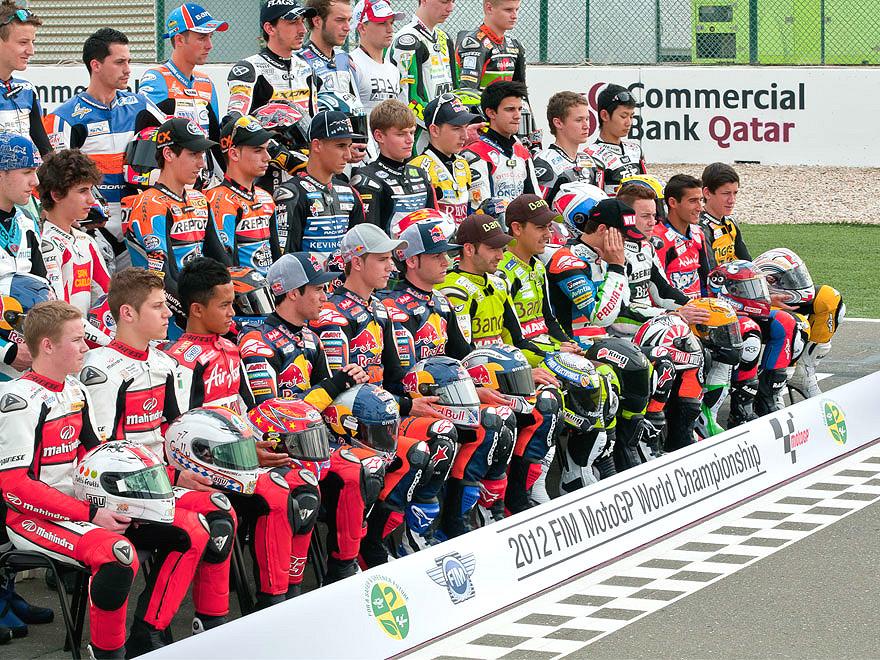 Ivan-Moreno-sobre-mi-blog-personal-moto3-mundial-motogp-honda-podio-parrilla-qatar