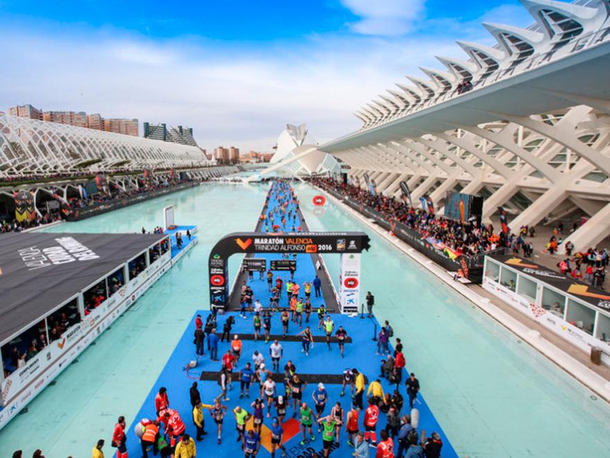 blog-ivan-moreno-maraton-valencia-gold-run-medalla-entrada-meta